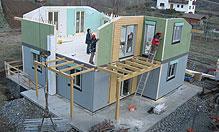 Completamento del piano primo e del tetto